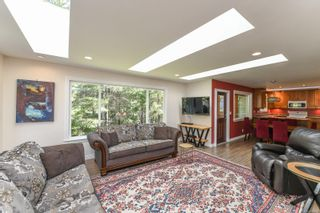 Photo 11: 737 Sand Pines Dr in : CV Comox Peninsula House for sale (Comox Valley)  : MLS®# 873469