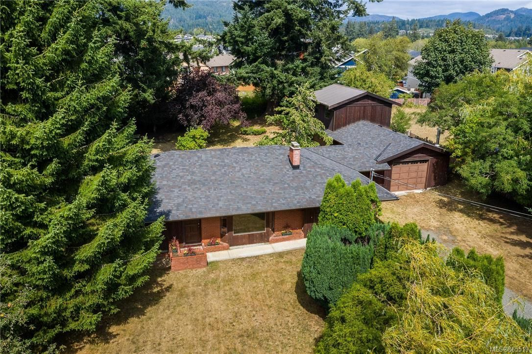 Main Photo: 6580 Throup Rd in : Sk Broomhill House for sale (Sooke)  : MLS®# 865519