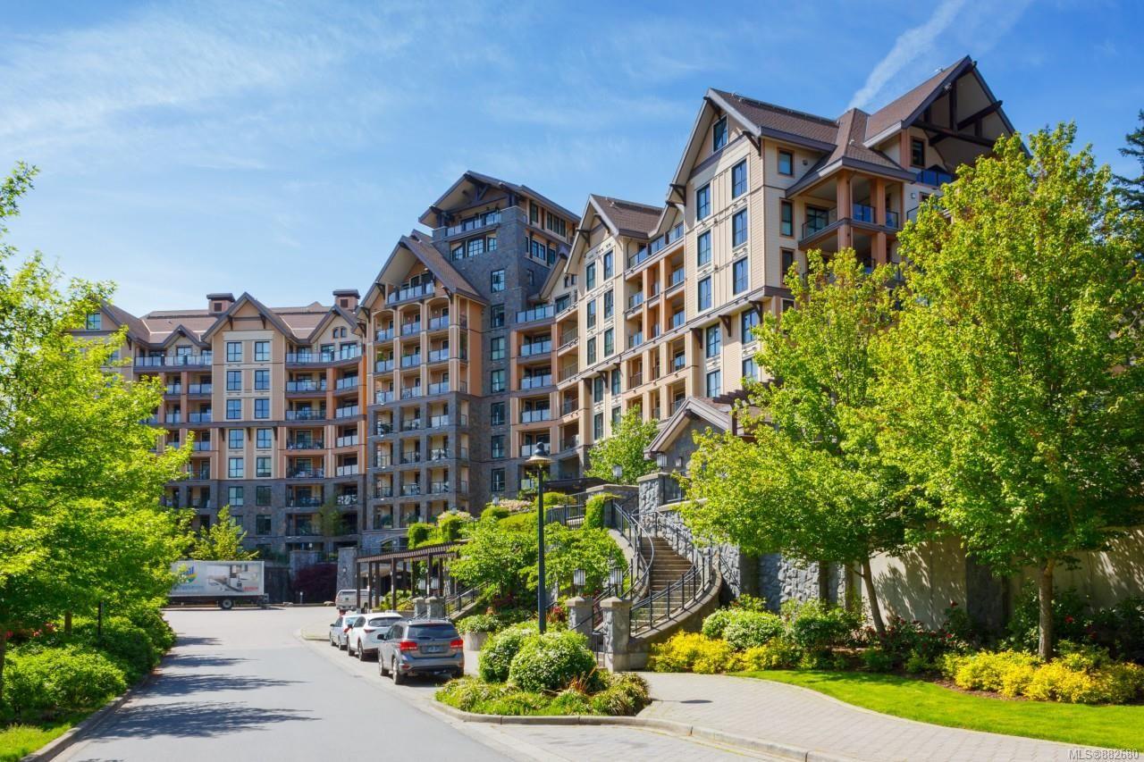 Main Photo: 720 1400 Lynburne Pl in : La Bear Mountain Condo for sale (Langford)  : MLS®# 882680