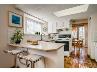 """Photo 7: 6136 129A Street in Surrey: Panorama Ridge House for sale in """"Panorama Park"""" : MLS®# R2351139"""