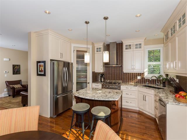 Photo 7: Photos: 1811 42 Avenue SW in Calgary: Altadore_River Park House for sale : MLS®# C4026681