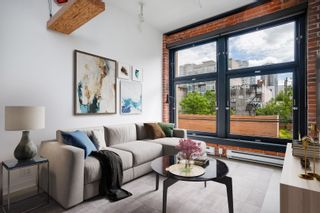 """Photo 2: 302 53 W HASTINGS Street in Vancouver: Downtown VW Condo for sale in """"PARIS BLOCK"""" (Vancouver West)  : MLS®# R2595006"""