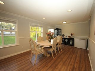 Photo 4: A 1042 CHARLAND Avenue in Coquitlam: Central Coquitlam 1/2 Duplex for sale : MLS®# R2257385