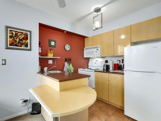 Photo 9: 1006 1889 AlberniL Street in Vancouver: West End VW Condo for sale (Vancouver West)  : MLS®# R2527613