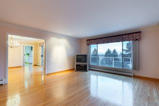 "Photo 32: 301 N HYTHE Avenue in Burnaby: Capitol Hill BN House for sale in ""CAPITOL HILL"" (Burnaby North)  : MLS®# R2531896"