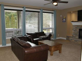 Photo 5: 65987 OGILVIEW Drive in Hope: Hope Kawkawa Lake House for sale : MLS®# R2443897