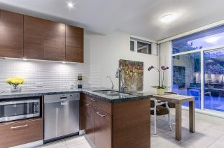 """Photo 11: 6022 CHANCELLOR Mews in Vancouver: University VW Townhouse for sale in """"Chancellor House"""" (Vancouver West)  : MLS®# R2069864"""
