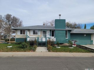 Main Photo: 51 Roberts Place in Regina: Mount Royal RG Residential for sale : MLS®# SK873938