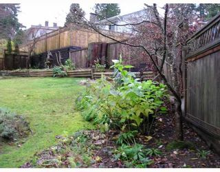 Photo 8: 936 BAKER Drive in Coquitlam: Chineside House for sale : MLS®# V798614