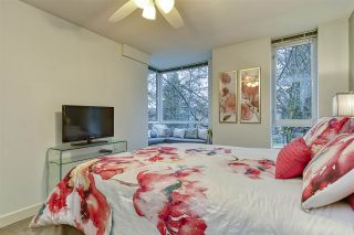 Photo 14: 186 CHESTERFIELD AVENUE in North Vancouver: Lower Lonsdale Townhouse for sale : MLS®# R2423323