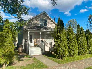 """Photo 2: 1488 GORSE Street in Prince George: Millar Addition House for sale in """"Millar Addition"""" (PG City Central (Zone 72))  : MLS®# R2591086"""
