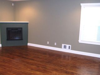 Photo 9: 15539 Thrift Ave in White Rock: Home for sale