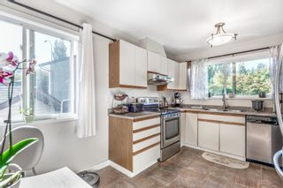 Photo 4: 1125 HANSARD Crescent in Coquitlam: Ranch Park House for sale : MLS®# R2621350