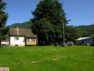 """Photo 9: 651 ARNOLD Road in Abbotsford: Sumas Prairie House for sale in """"ARNOLD"""""""