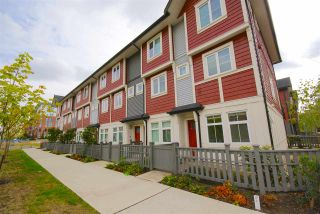 """Photo 1: 30 4588 DUBBERT Street in Richmond: West Cambie Townhouse for sale in """"OXFORD LANE"""" : MLS®# R2350007"""