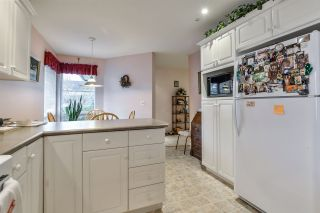 """Photo 10: 83 758 RIVERSIDE Drive in Port Coquitlam: Riverwood Townhouse for sale in """"RIVERLANE ESTATES"""" : MLS®# R2139296"""