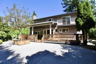 """Photo 32: 2683 NORTHCREST Drive in Surrey: Sunnyside Park Surrey House for sale in """"Woodshire Park"""" (South Surrey White Rock)  : MLS®# R2487213"""