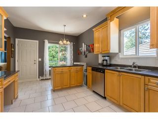 Photo 4: 6239 137A Street in Surrey: Sullivan Station House for sale : MLS®# R2594345