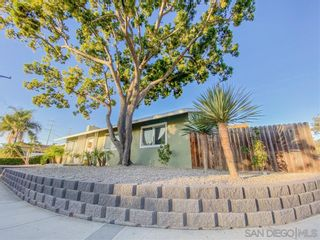 Photo 3: CLAIREMONT House for sale : 3 bedrooms : 3254 Norzel Dr. in San Diego