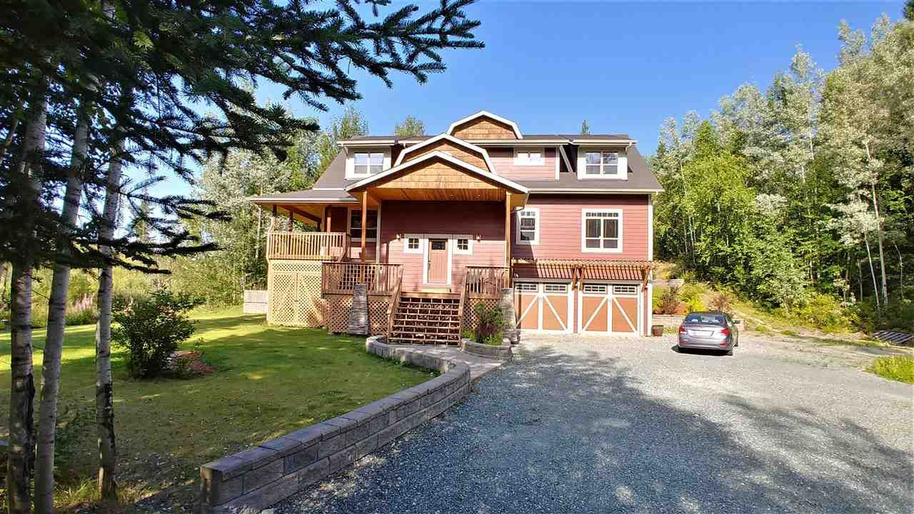 """Main Photo: 1805 SHARELENE Drive in Prince George: Miworth House for sale in """"MIWORTH"""" (PG Rural West (Zone 77))  : MLS®# R2419363"""