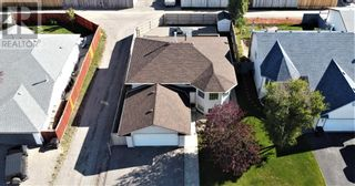 Photo 4: 152 MacKay Crescent in Hinton: House for sale : MLS®# A1108332