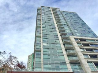 """Photo 2: 1204 821 CAMBIE Street in Vancouver: Downtown VW Condo for sale in """"RAFFLES ON ROBSON"""" (Vancouver West)  : MLS®# R2233653"""