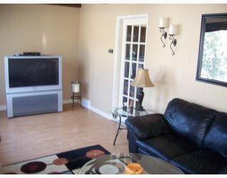 Photo 4: 37 ST DAVID Road in WINNIPEG: St Vital Residential for sale (South East Winnipeg)  : MLS®# 2803814