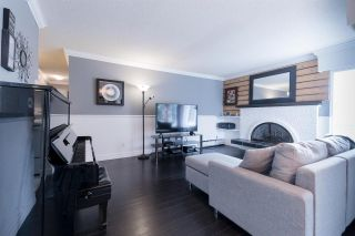 Photo 3: 301 1390 MARTIN STREET: White Rock Condo for sale (South Surrey White Rock)  : MLS®# R2540189