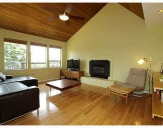Photo 3: 1015 East Keith Road in North Vancouver: Calverhall House for sale : MLS®# V770680