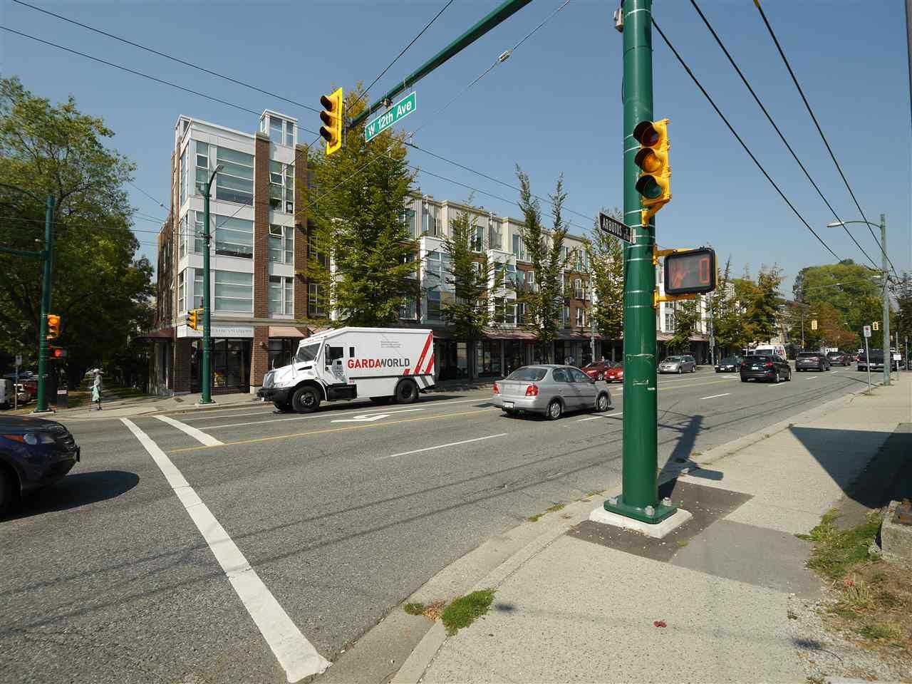"""Photo 11: Photos: 315 2768 CRANBERRY Drive in Vancouver: Kitsilano Condo for sale in """"ZYDECO"""" (Vancouver West)  : MLS®# R2566057"""