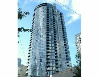 """Photo 1: 202 1199 SEYMOUR ST in Vancouver: Downtown VW Condo for sale in """"BRAVA"""" (Vancouver West)  : MLS®# V605305"""