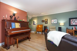 Photo 10: 2617 Prior St in : Vi Hillside Row/Townhouse for sale (Victoria)  : MLS®# 863994