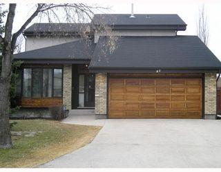 Photo 1: 57 BOISSELLE Bay in WINNIPEG: Windsor Park / Southdale / Island Lakes Single Family Detached for sale (South East Winnipeg)  : MLS®# 2906013
