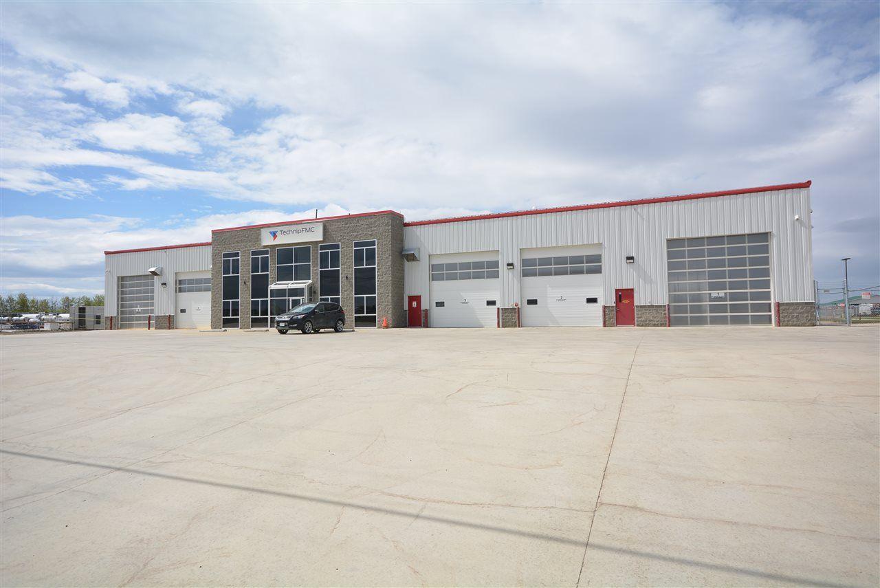 Photo 1: Photos: 8624 68 Street in Fort St. John: Fort St. John - City SE Industrial for sale (Fort St. John (Zone 60))  : MLS®# C8030541