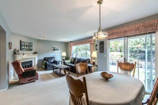 """Photo 2: 35 181 RAVINE Drive in Port Moody: Heritage Mountain Townhouse for sale in """"Viewpoint"""" : MLS®# R2355428"""