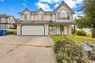Main Photo: 34979 DELAIR Road in Abbotsford: Abbotsford East House for sale : MLS®# R2627536