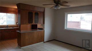 Photo 5: 239 Oakview Avenue in Winnipeg: Residential for sale (3D)  : MLS®# 1827993