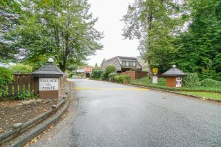 "Photo 2: 9834 BELFRIAR Drive in Burnaby: Cariboo Townhouse for sale in ""VILLAGE DEL PONTE"" (Burnaby North)  : MLS®# R2440704"