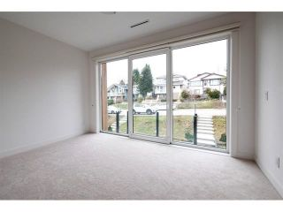 Photo 15: 18 N ELLESMERE Avenue in Burnaby: Capitol Hill BN House for sale (Burnaby North)  : MLS®# R2499845