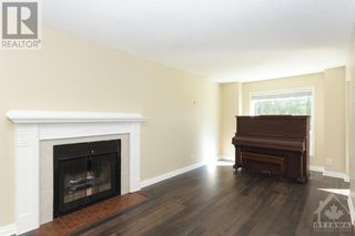 Photo 8: 23 SOVEREIGN AVENUE in Ottawa: House for sale : MLS®# 1261869