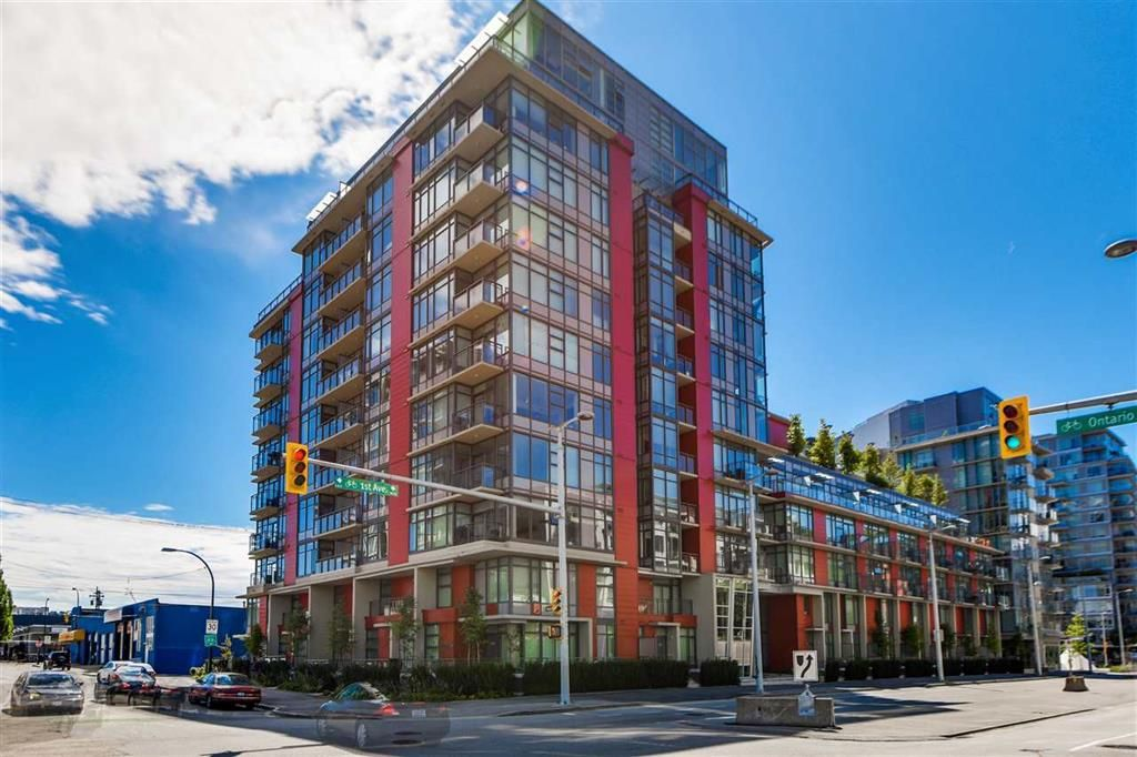 Main Photo: 703 38 1st Avenue in Vancouver: False Creek Condo for sale (Vancouver West)  : MLS®# R2091565