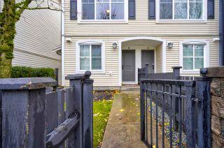 "Photo 2: 15 19180 65 Avenue in Surrey: Clayton Townhouse for sale in ""La Rue"" (Cloverdale)  : MLS®# R2518284"