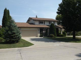 Photo 1: 19 Arthur Creak Drive in WINNIPEG: Westwood / Crestview Residential for sale (West Winnipeg)  : MLS®# 1417771