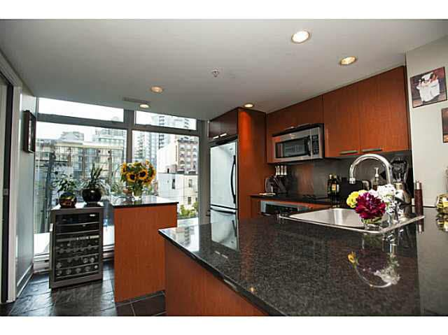 """Photo 5: Photos: 315 1255 SEYMOUR Street in Vancouver: Downtown VW Townhouse for sale in """"The Elan"""" (Vancouver West)  : MLS®# V1077114"""