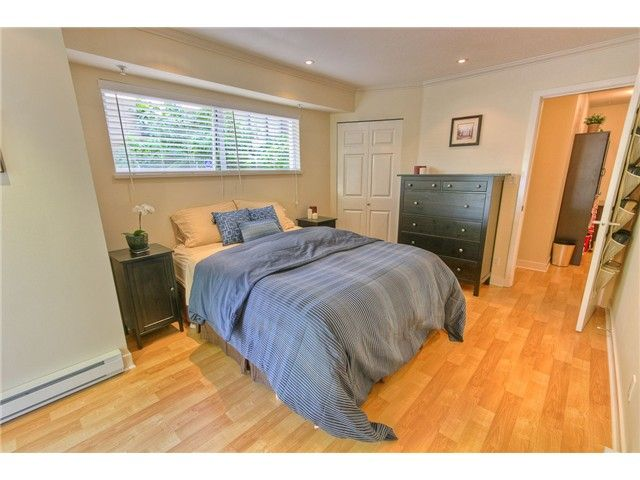 """Main Photo: 2444 W 4TH AV in Vancouver: Kitsilano Condo for sale in """"THE OCTONA"""" (Vancouver West)  : MLS®# V896156"""