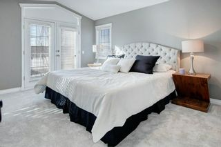 Photo 12: 2010 Broadview Road NW in Calgary: West Hillhurst Semi Detached for sale : MLS®# A1072577