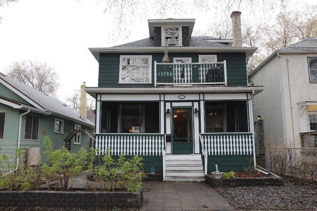 Photo 1: Photos: 29 Lenore Street in Winnipeg: Wolseley Duplex for sale (West Winnipeg)  : MLS®# 1411176