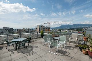 """Photo 10: 1102 1570 W 7TH Avenue in Vancouver: Fairview VW Condo for sale in """"Terraces"""" (Vancouver West)  : MLS®# R2174265"""