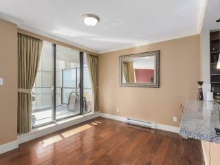 "Photo 3: 304 2959 GLEN Drive in Coquitlam: North Coquitlam Condo for sale in ""THE PARC"" : MLS®# R2246472"