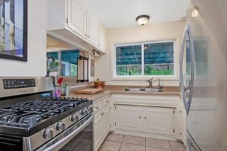 Photo 12: CLAIREMONT House for sale : 4 bedrooms : 5174 Acuna St in San Diego